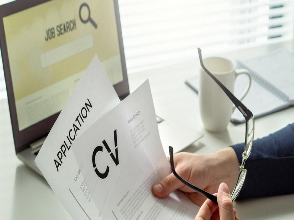 [Cần Biết] CV là gì? Những lỗi cần tránh khi viết CV xin việc